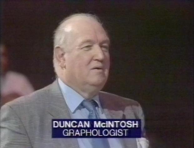 Duncan McIntosh Graphologist