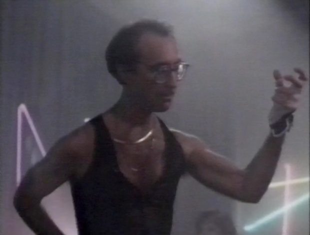 Martin Ferrero in Miami Vice