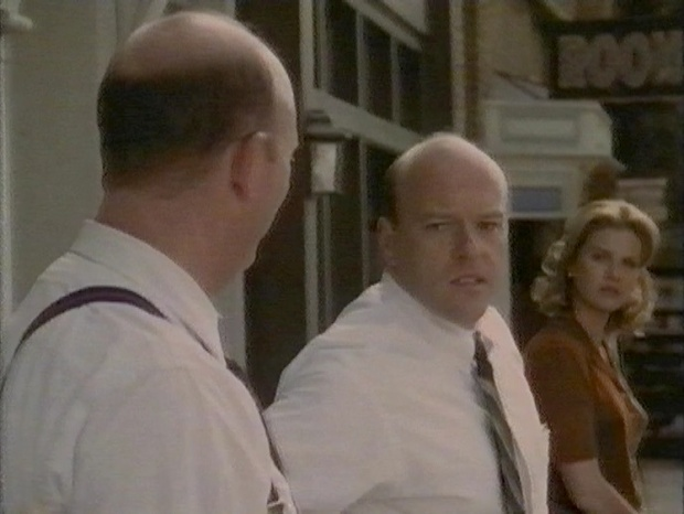 Dean Norris in Dark Skies