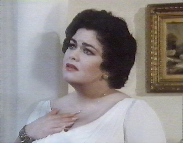 Dawn French as Elizabeth Taylor