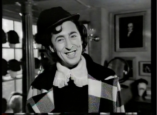 Alan Cumming in Oliver II