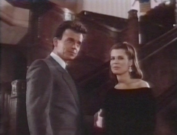Ray Wise and Linda Hamilton