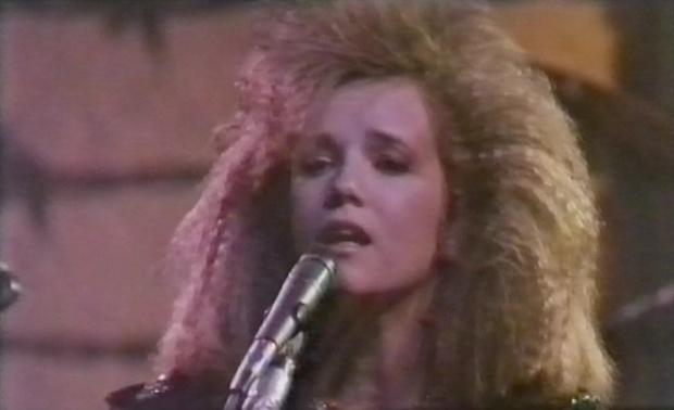 Lea Thompson's 80s hair