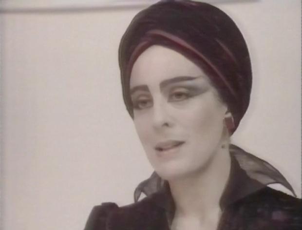 Goth Eleanor Bron