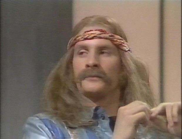 Chris Barrie as Wayne Mellow
