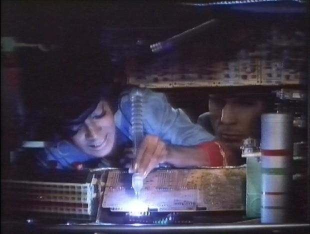 Uhuru does the wiring