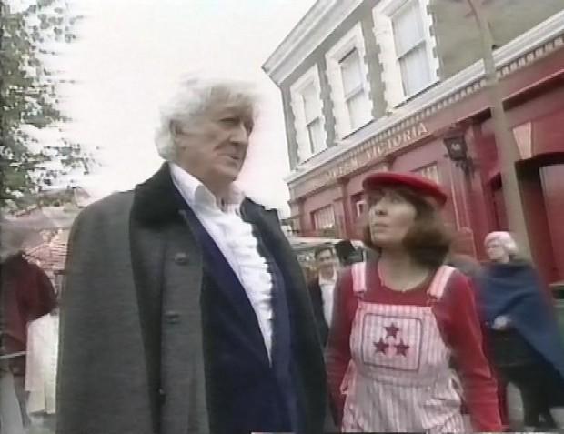 Jon Pertwee and Elisabeth Sladen
