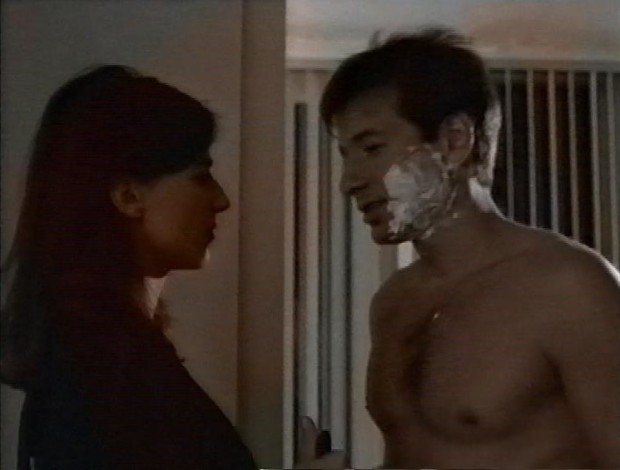 Mulder has a shave